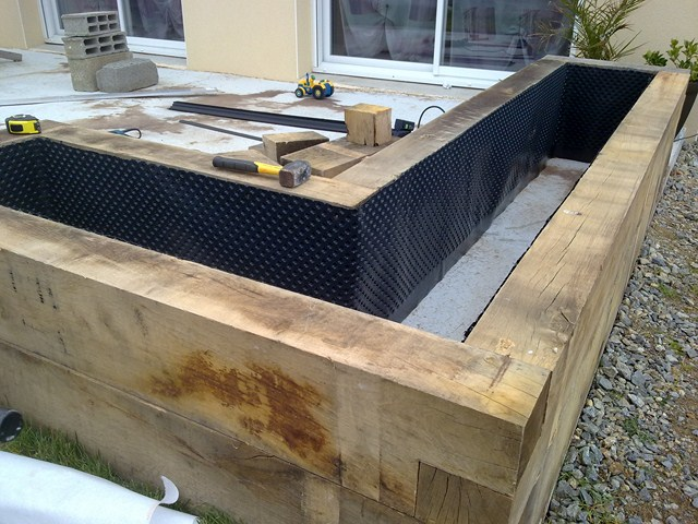 jardini re pour terrasse page 2 copain des copeaux. Black Bedroom Furniture Sets. Home Design Ideas